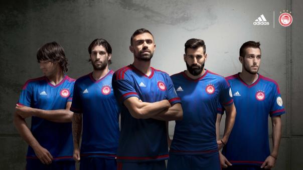 adidas_ofc_away_15-16_5_players